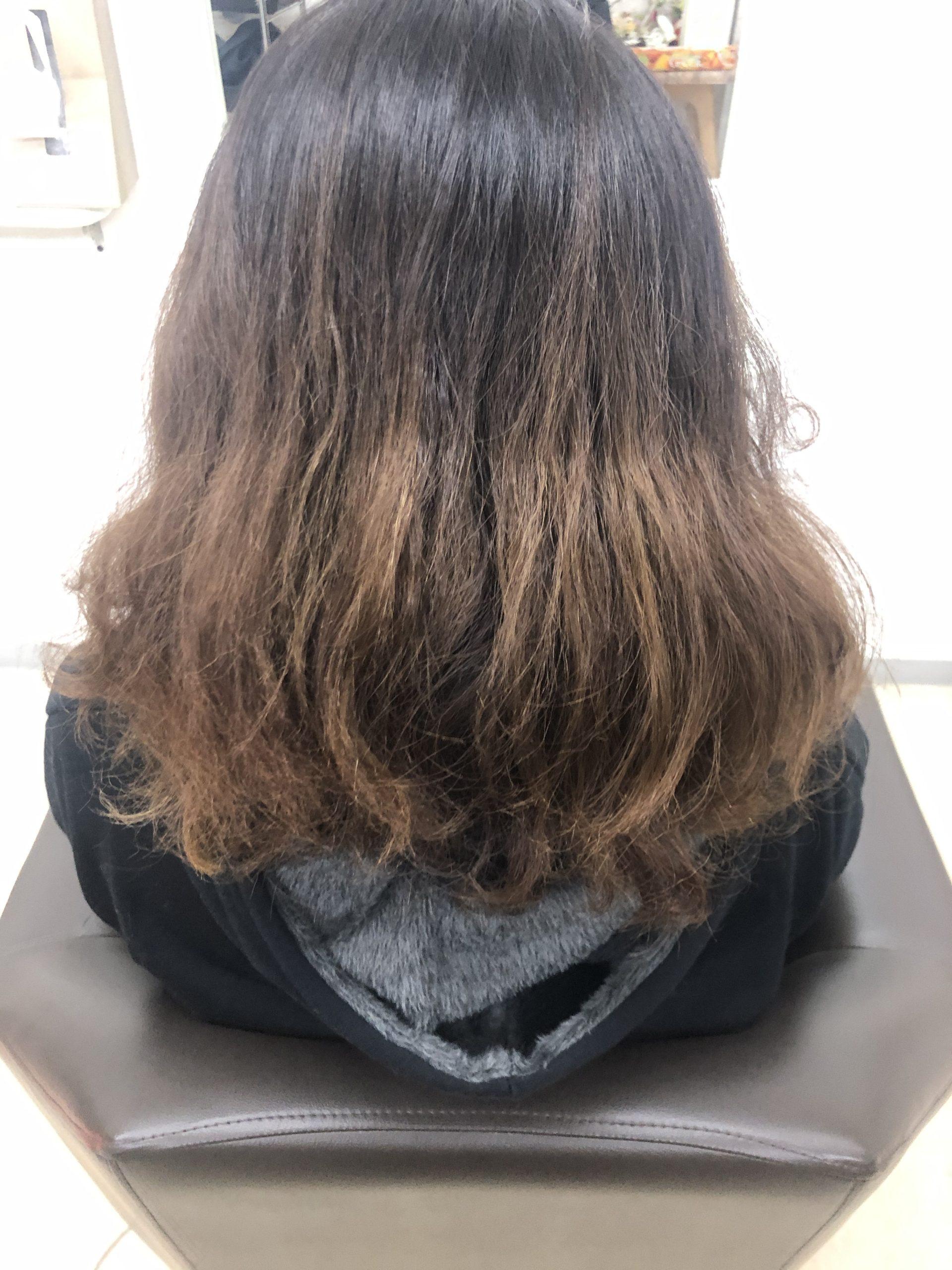 髪は急に変われない。